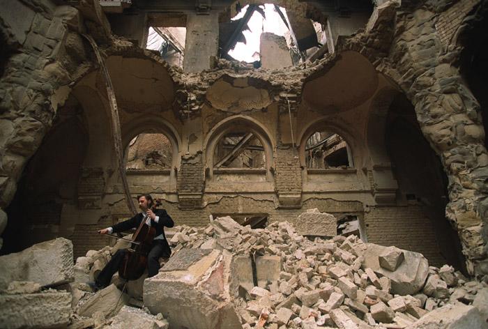 Sarajevo_cellist